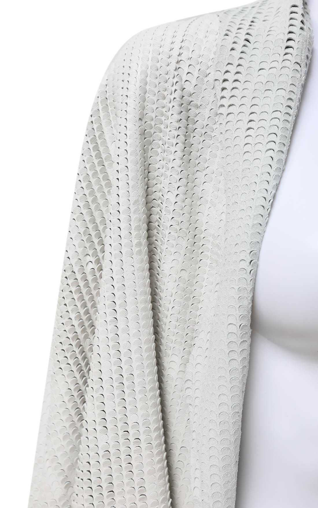 Claudio Cutuli - White Lasered Leather Scarf with Chain (AIXA-32)