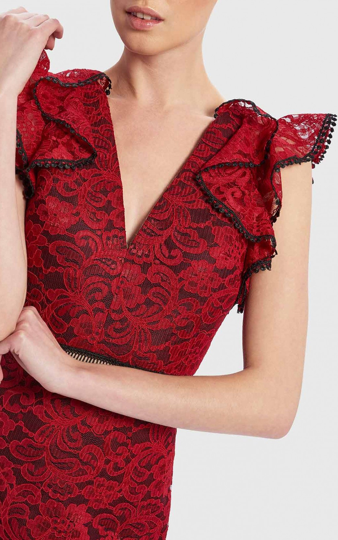 Forever Unique - Red And Black Lace Bodycon Dress (DF18017)