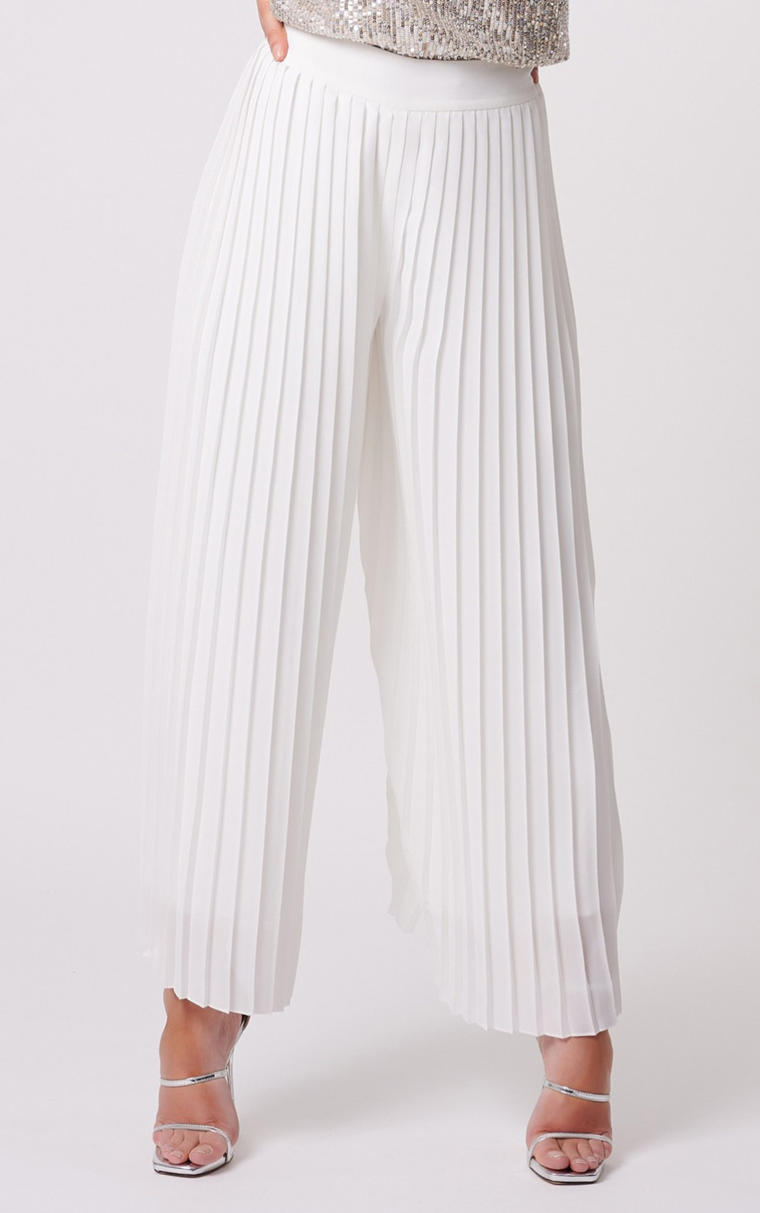 Forever Unique - Flora White Pleated Wide Leg Trousers (MN209017)