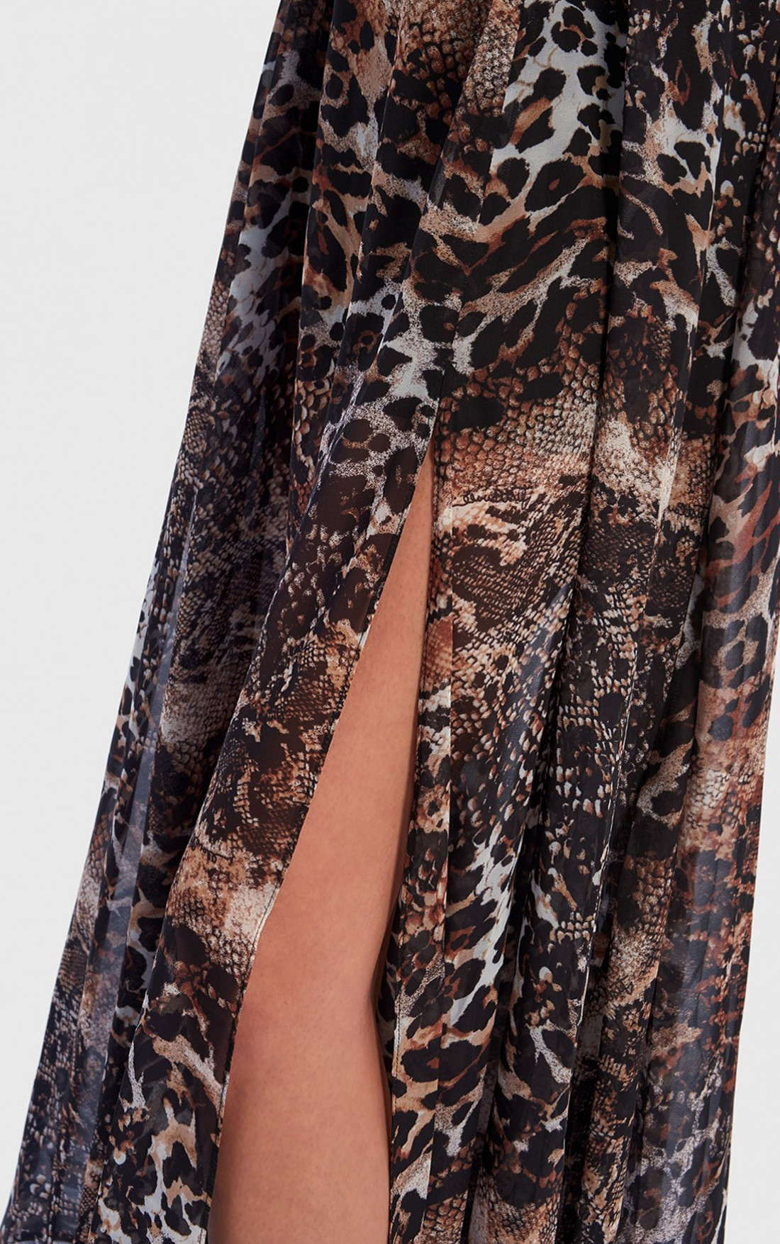 Forever Unique - Boa Animal Print Long Sleeve Maxi Wrap Dress (TJ4131)