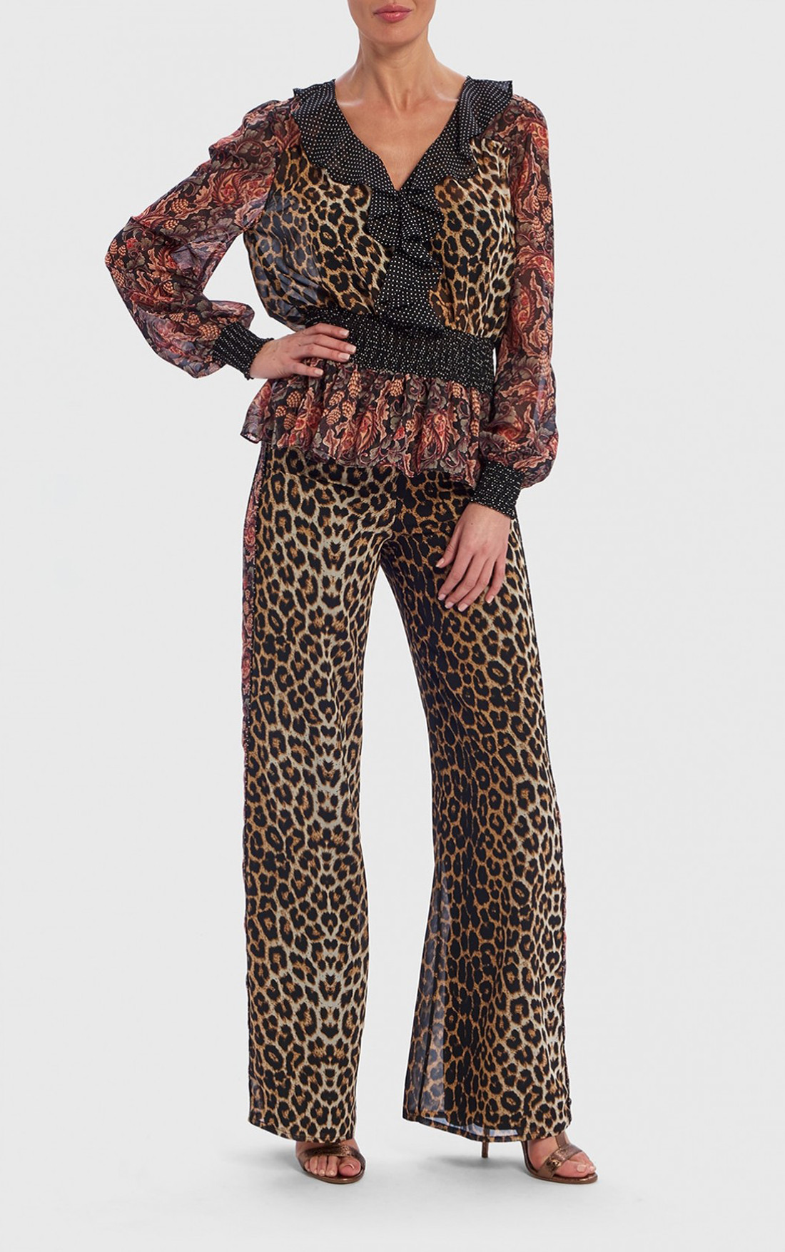 Forever Unique - Vina Leopard Print And Floral Long Sleeve Ruffle Blouse (TJ9703)