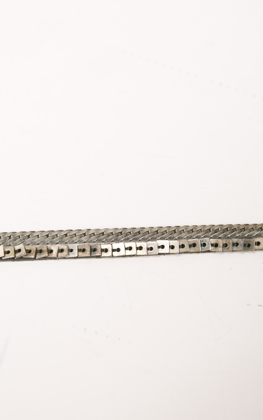 Goti - Silver Bracelet with Leather (BR1201)