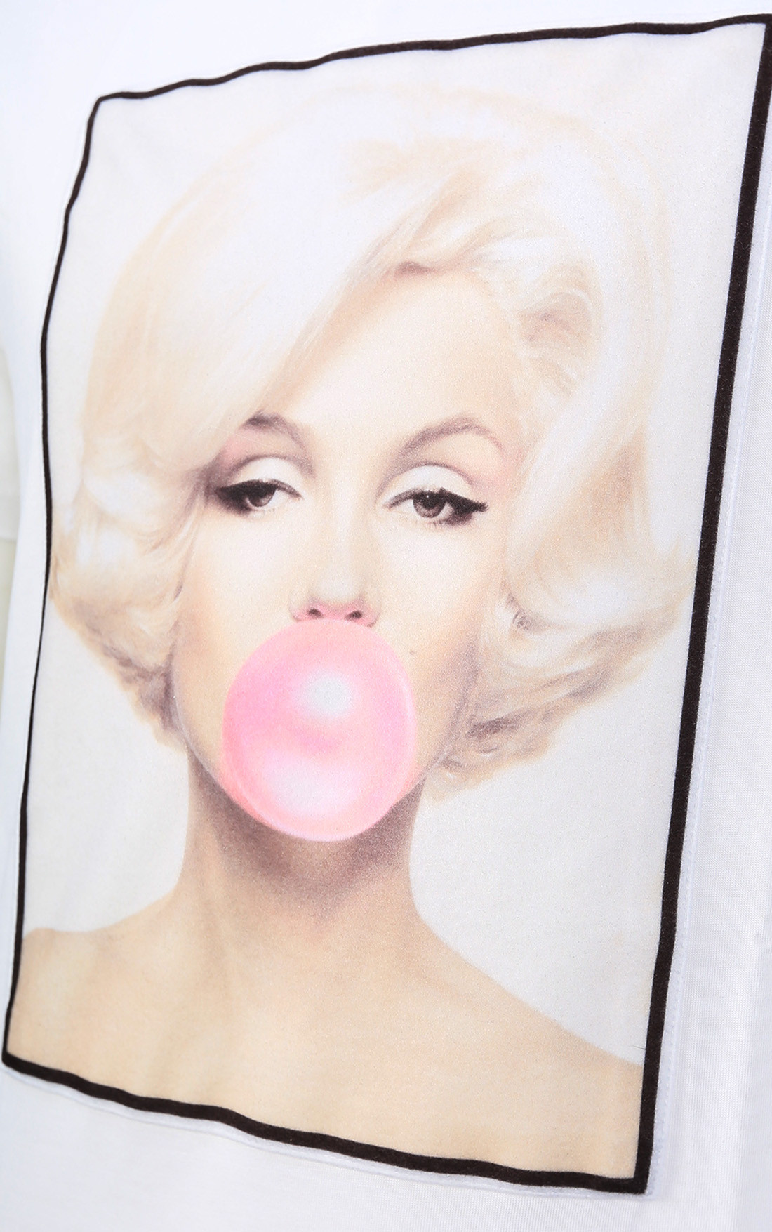 Limitato - Marilyn Monroe Bubble Gum White T-Shirt (M.m Gum)