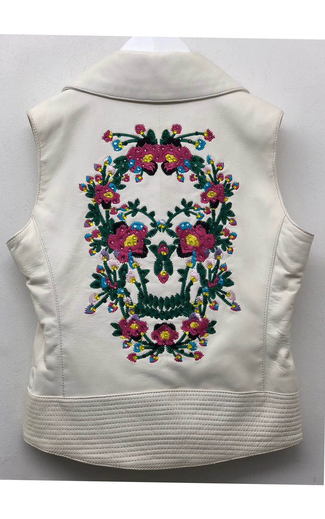 Philipp Plein - Flower Skull White Leather Vest (P17C-GLC0001-PLE002N)
